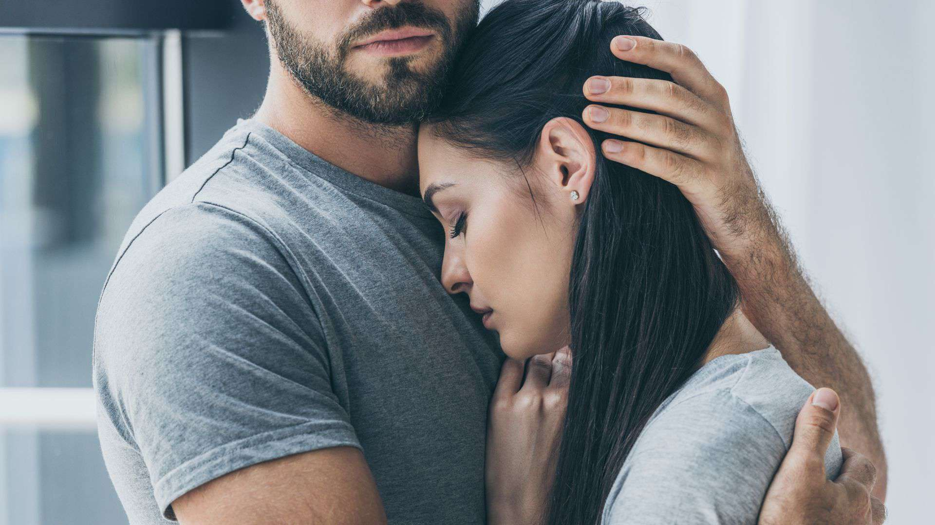 Stop feeling insecure in your relationships with the following ways
